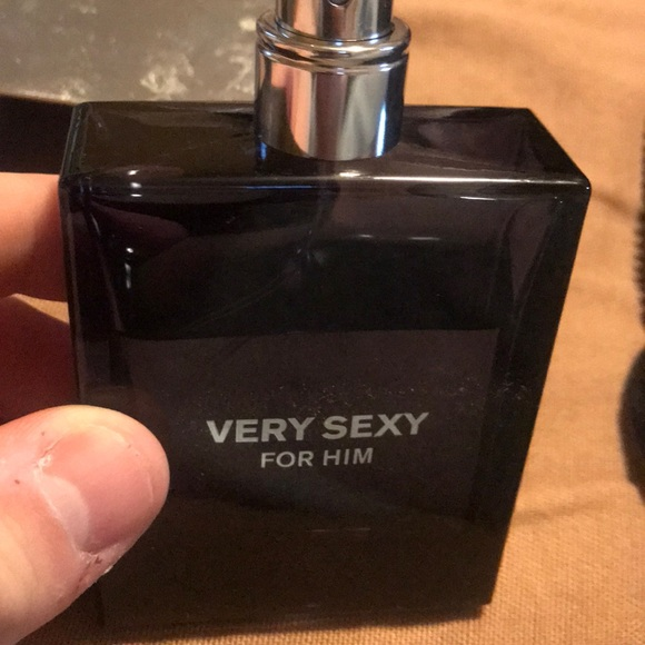 659b5f498c Victoria s Secret Very Sexy for Men. M 5ad7c183077b972833962938